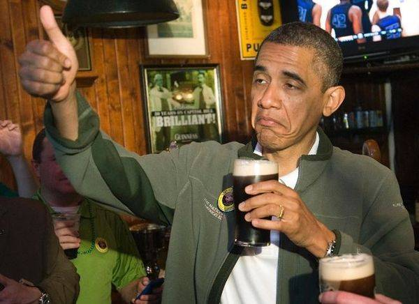 obama-drinking-guiness-thumbs-up