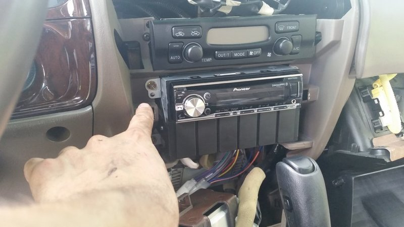 Power Antenna To Whip Antenna 2001 4runner Pictures
