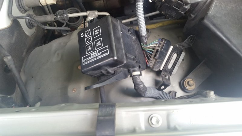full auxiliary fuse box install (skygear box) pictures! toyota 4th Gen Camaro at n-0.co