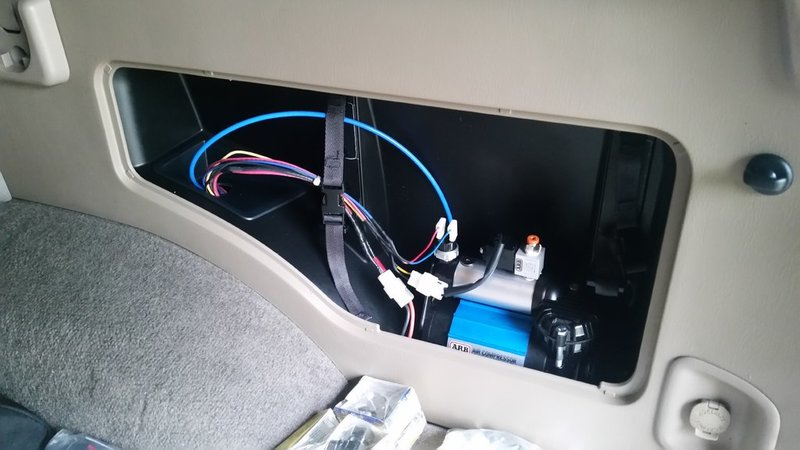 arb wiring harness install arb image wiring diagram rtmr wiring to arb locker and compressor tacoma world on arb wiring harness install