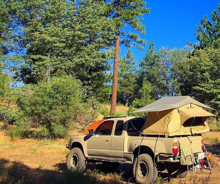 roof top tent for sale socal tacoma world. Black Bedroom Furniture Sets. Home Design Ideas